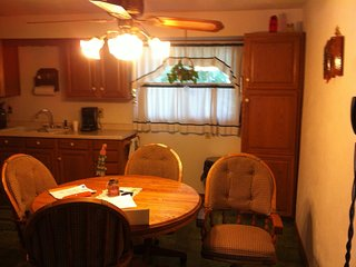 Family Vacation Home close to Lambeau, Green Bay