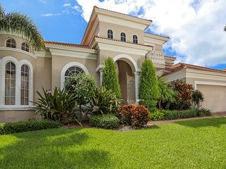 House - Country Club Shores, Longboat Key