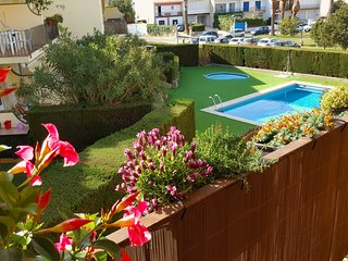 Ref. 2631 - APARTMENT IN LA FOSCA WITH COMMUNAL POOL. -, Palamos