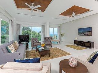 5 star luxurious penthouse in Kamala