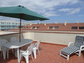 Ref. 2573 - COSY APARTMENT IN SECOND SEALINE. -, Palamos