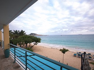 SUR MER... gorgeous beach front condo at Coco's Beach Club on beautiful Simpson Bay!!