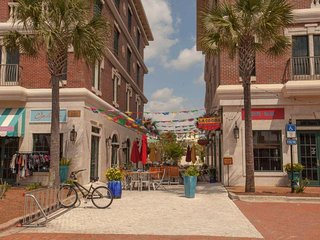 Plaza del Sol, Rosemary Beach