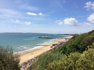 Bournemouth Beach Retreat close to everything