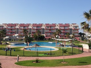 Piscinas Playa Laguna Beach.3, SPA, tenis, golf, padd, Almerimar