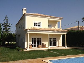 Country villa near Beach, Golf with swimming pool