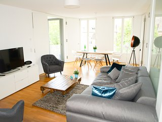 Mitte: 4ROOMS - 3BED/2BATH. Central City Apt. NEW!, Berlin