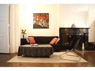 Furnished 1-Bedroom Apartment at 7th Ave & W 13th St New York, Nueva York