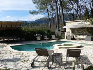 CHARMING VILLA PERFECTLY LOCATED, Roquefort les Pins