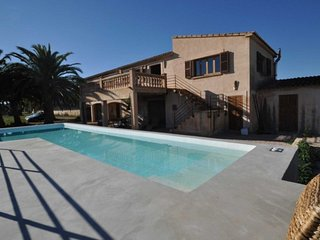 Son Floriana, Casa de Campo con piscina muy cerca de la Playa de Cala Millor