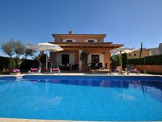 Villa Gatoves 2249 Sant Llorenç en una zona residencial tranquila