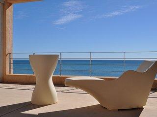 Villa de lujo de vacaciones Port Nou Costa de los Pinos primera linea