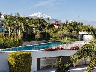 Apartamento de diseño con vistas al Teide y al mar