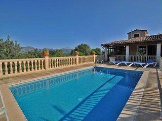 Finca Tramuntana casa de vacaciones con piscina privada en Inca  1728