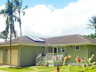 POIPU 2bd/2 ba detached cottage, a/c, beaches/pool/spa/tennis, garage, Koloa