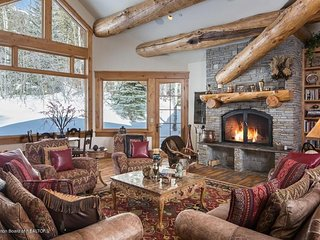 STUNNING-Large Custom Home in Teton Village