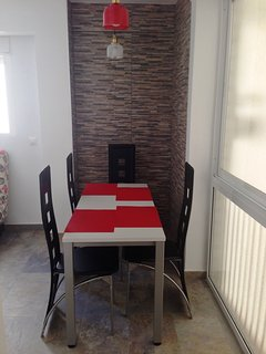 Dining table. Fits 6 people.