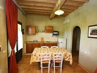 1 bedroom Apartment in Lari, Tuscany, Italy : ref 5239392