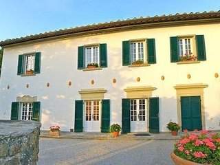 3 bedroom Apartment in Cortona, Tuscany, Italy : ref 5239446