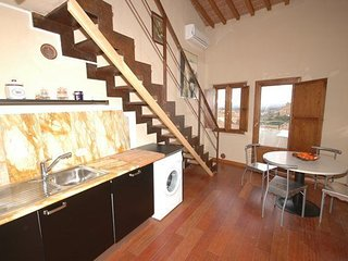 2 bedroom Apartment in Siena, Tuscany, Italy : ref 5240003