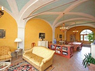 6 bedroom Villa in Vorno, Tuscany, Italy : ref 5239998
