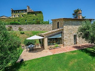 4 bedroom Apartment in Umbertide, Umbria, Italy : ref 5240226