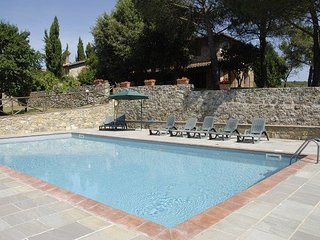 5 bedroom Villa in Villa Barone, Tuscany, Italy : ref 5239512