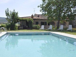 4 bedroom Villa in Pieve A Presciano, Tuscany, Italy : ref 5239215