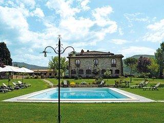 9 bedroom Villa in Pieve A Presciano, Tuscany, Italy : ref 5240885
