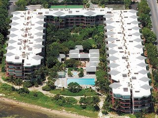 Premium Penthouse Ocean-view Two Bedroom Condominium, Key West