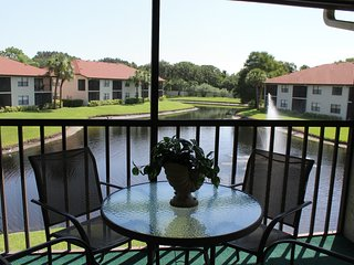 Shorewalk Condo MB lake view, near the Beaches , IMG , Shops, Bradenton
