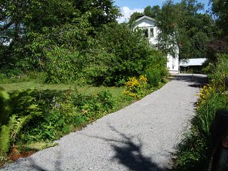 lakeview house, charming village Småland, sleeps 6, Bodafors