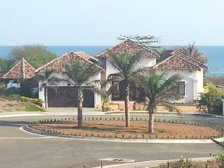 "Luxury Home on the Pacific - ""Living La Vida Loca"", Pedasí"