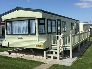Gold Plus (10) Standard 8 Berth 3 Bedroom, Ingoldmells