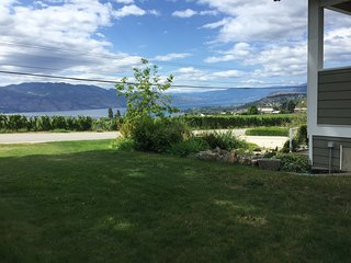 Spectacular Lake & Valley View, On Wine Trail, West Kelowna