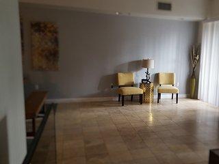 Topaz Luxury Townhome Las Vegas Strip / UNLV