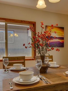Tahoe Woods Paradise - Luxurious dining table