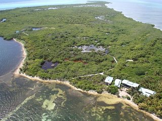 Private Belize Island Studio (Sky Level 19): Easy Boat Ride to Blue Hole: We org