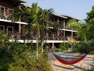 Private Belize Island Studio (Beach Level 16): Easy Boat Ride to Blue Hole: We