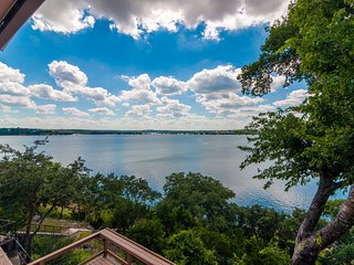 Bella Lago Vista At Canyon Lake