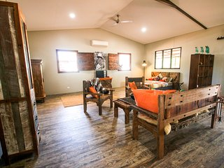Oakey Downs Retreat - self contained Lodge