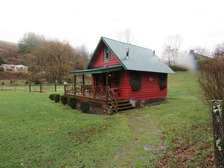 Mountain Magic Cabin Rental, Sugar Grove