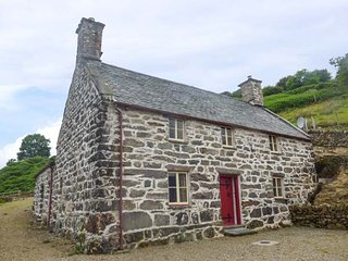 TYN LLWYN, Grade II listed, stone-built farmhouse, woodburning stoves, WiFi, stu