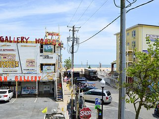 6 2nd Street - Near Boardwalk w/ Ocean View!