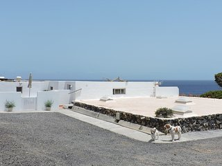 Frontline Apartment just 300 metres from sea