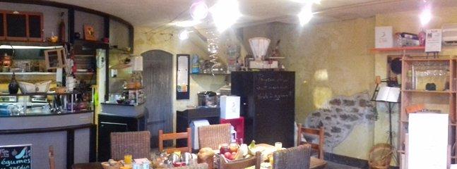 Salle de séjour et cuisine