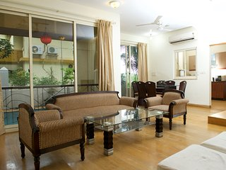 LUXURY 4BHK VILLA2 PRIVATE PLUNGE POOL, WIFI ACCES
