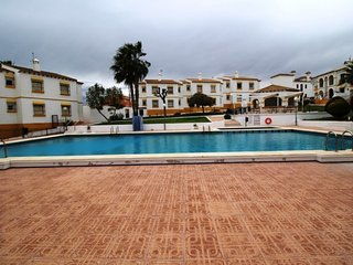 Ground Floor Las Carolinas Apt near Villamartin