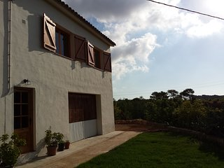 Farmhouse near the coast, La Bisbal del Penedes