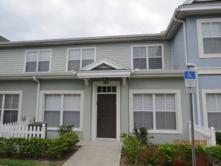 Renovated 3 BR close to small pool